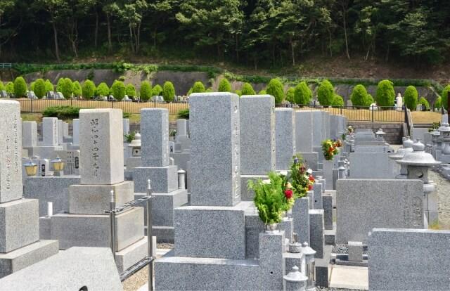 松戸で墓石をお探しなら10年の保証を実現する【松戸家】